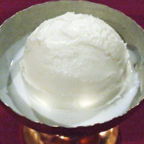 ココナッツアイスクリーム Coconut Icecream