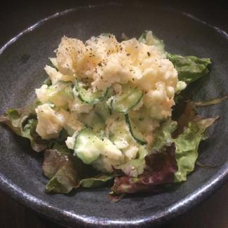 腌萝卜填土豆沙拉