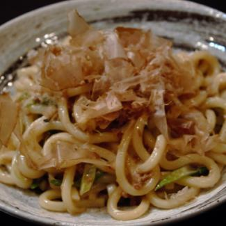 stir-fried udon